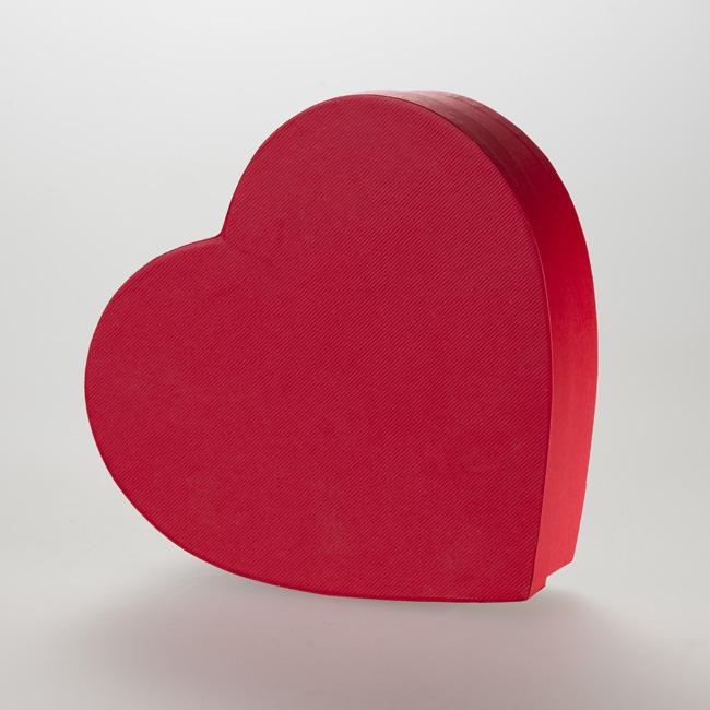 Scatola fasciata a cuore. Confezione rigida di forma personalizzata