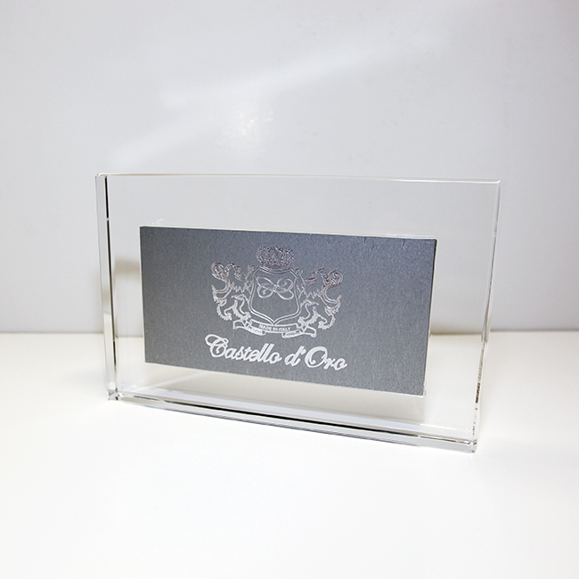 Targa da banco in plexiglass e metallo